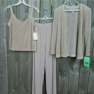 NWT Tan sparkly pant suit 3 piece set